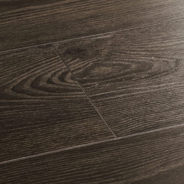 wembury midnight silver laminate flooring swatch