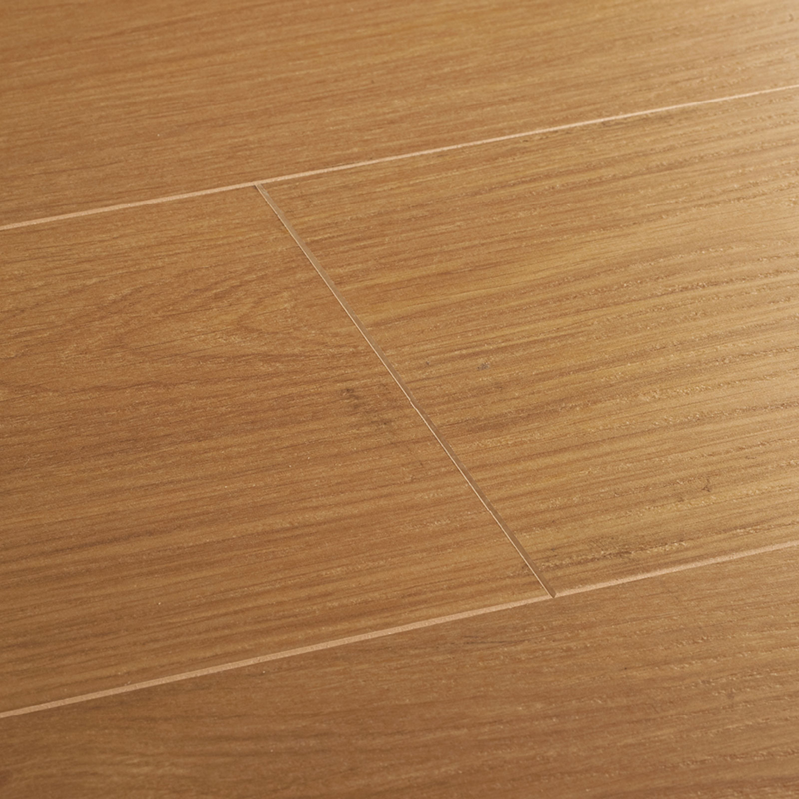 Wembury natural oak laminate flooring woodpecker flooring for Laminate flooring retailers