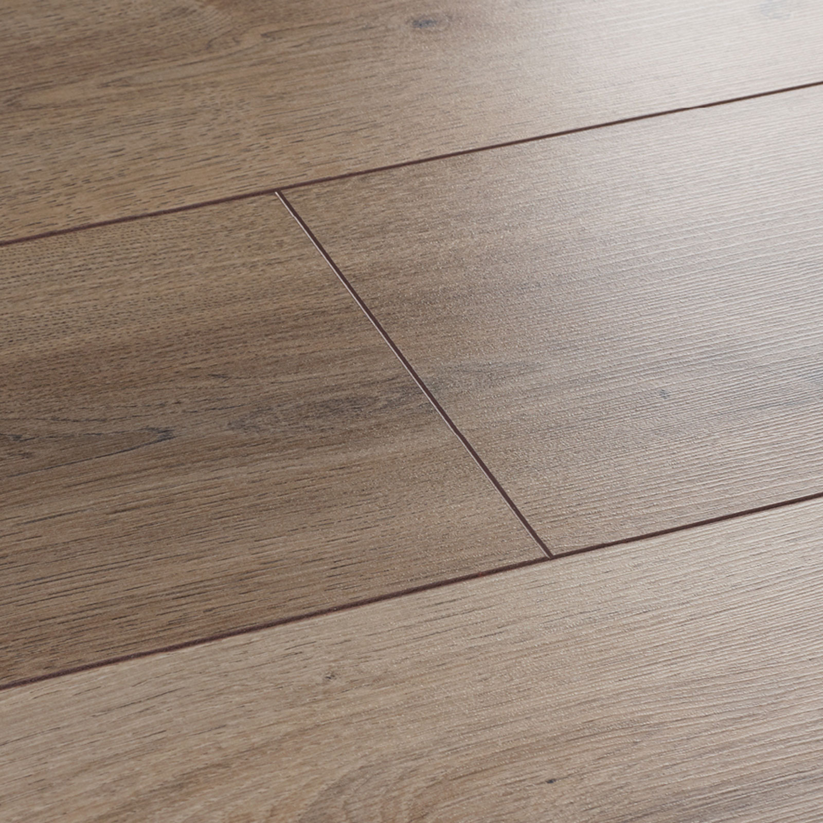 Wembury nordic oak laminate flooring woodpecker flooring for Laminate flooring retailers