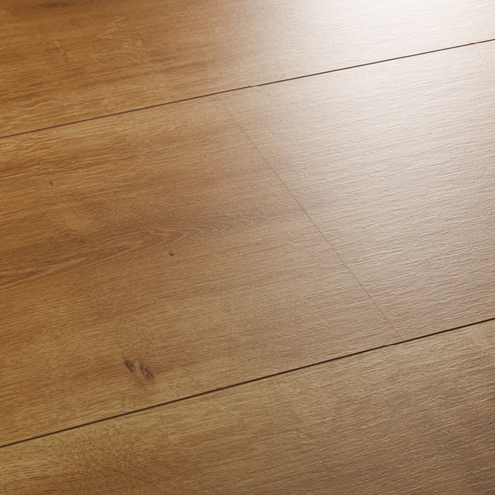 Wembury spring oak laminate flooring swatch