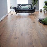 berkeley washed oak flooring roomset