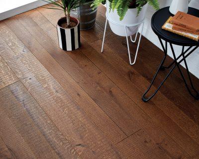 Reclaimed Wood Flooring: 3 Ways to Style