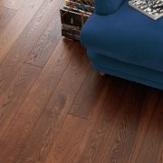 harlech cognac oak flooring roomset image