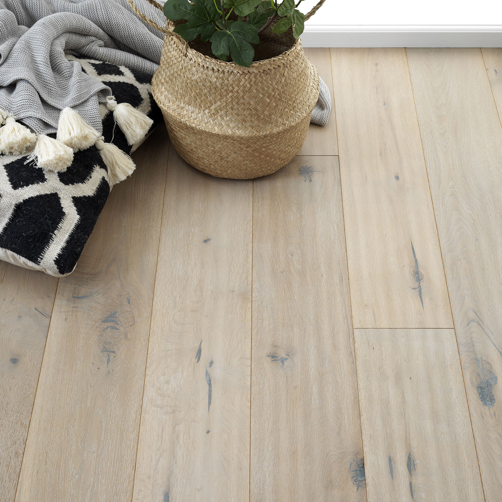 pale wood flooring grey oak