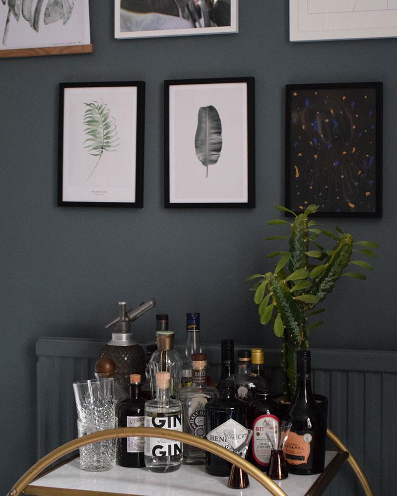 dark interior style blue
