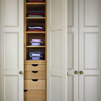 wardrobe-storage