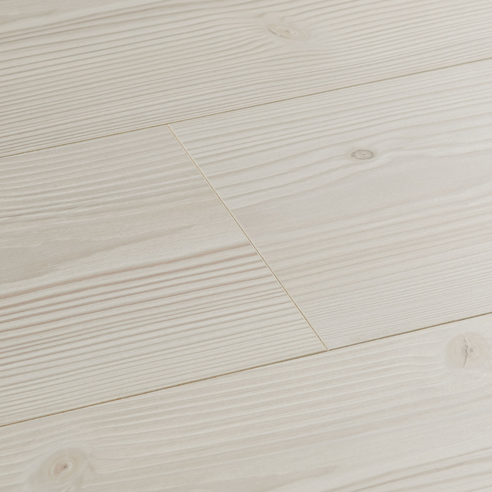 pine laminate flooring polar pine