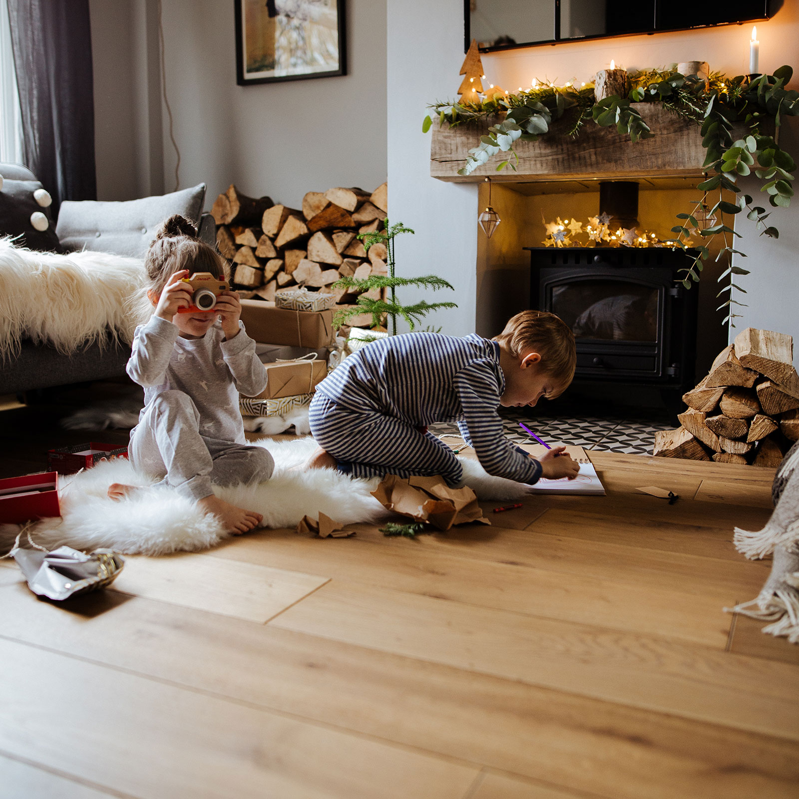 christmas living room with children playing